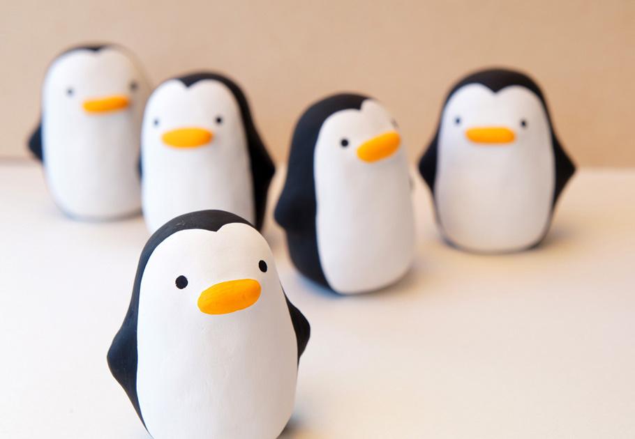 張り子ペンギン